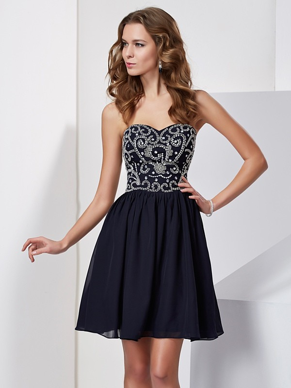 A-Line/Princess Sweetheart Beading Sleeveless Chiffon Short Dresses