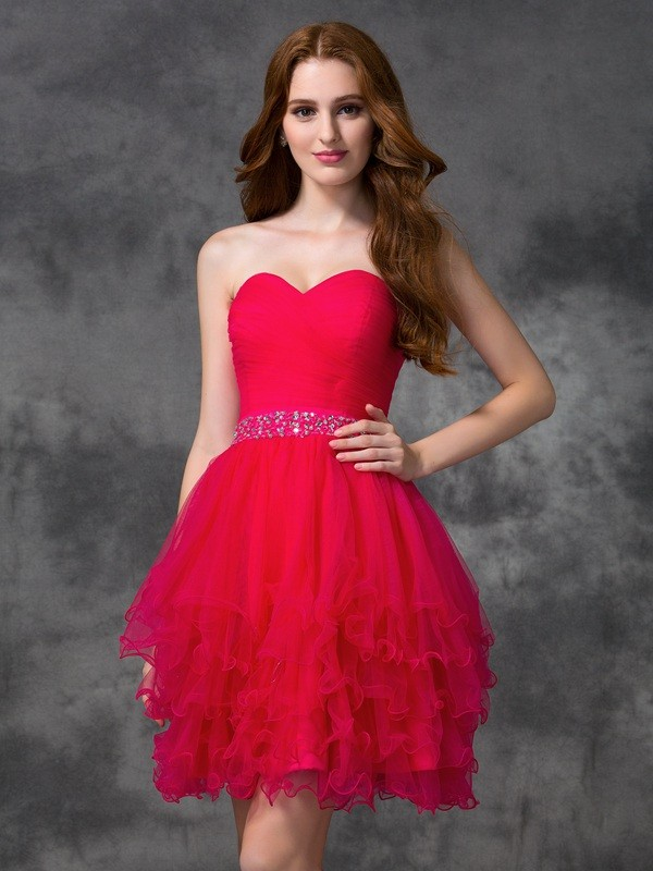 A-line/Princess Sweetheart Beading Sleeveless Short Satin Cocktail Dresses