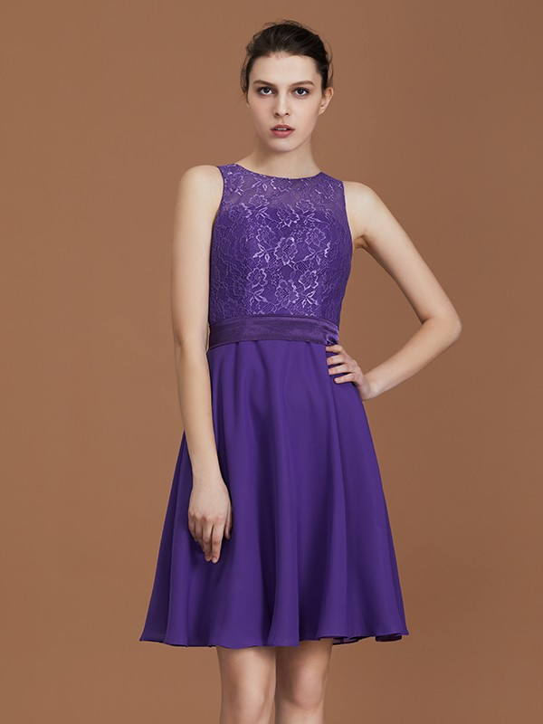 A-Line Lace Knee-Length Sleeveless Bateau Chiffon Bridesmaid Dress