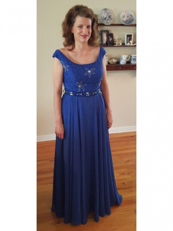 A-Line Scoop Sleeveless Applique Floor-Length Chiffon Mother Of The Bride Dresses