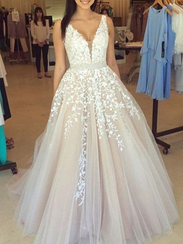 4c48137179 A-Line/Princess V-Neck Sleeveless Applique Tulle Sweep/Brush Train Dresses  · Share on facebook Share on Tumblr Tweet