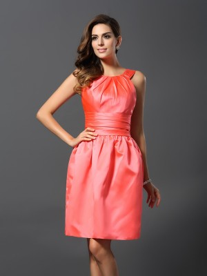A-Line/Princess Bateau Sleeveless Short Satin Bridesmaid Dresses