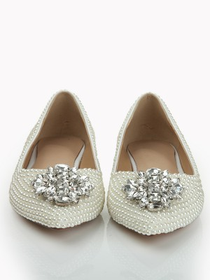 Women's Patent Leather Closed Toe Flat Heel With Pearl Rhinestone Flat Shoes