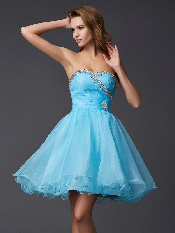 A-Line/Princess Sweetheart Sleeveless Beading Short Tulle Dresses