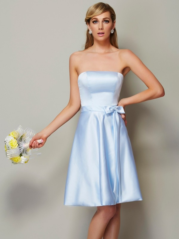 A-Line/Princess Strapless Sleeveless Bowknot Short Satin Bridesmaid Dresses