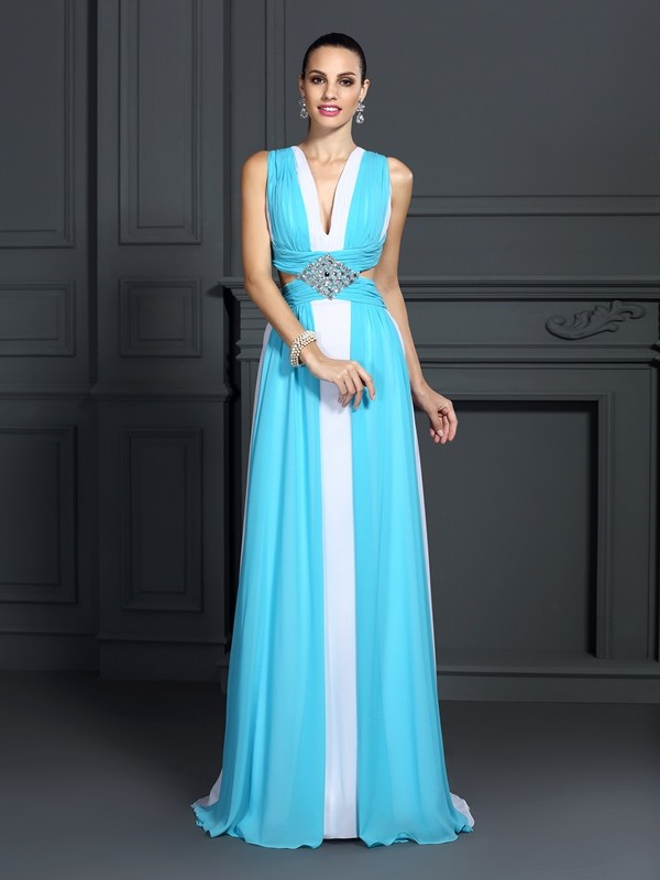 A-Line/Princess Halter Ruffles Sleeveless Long Chiffon Dresses