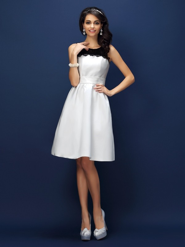 Sheath/Column Bateau Lace Sleeveless Short Satin Bridesmaid Dresses