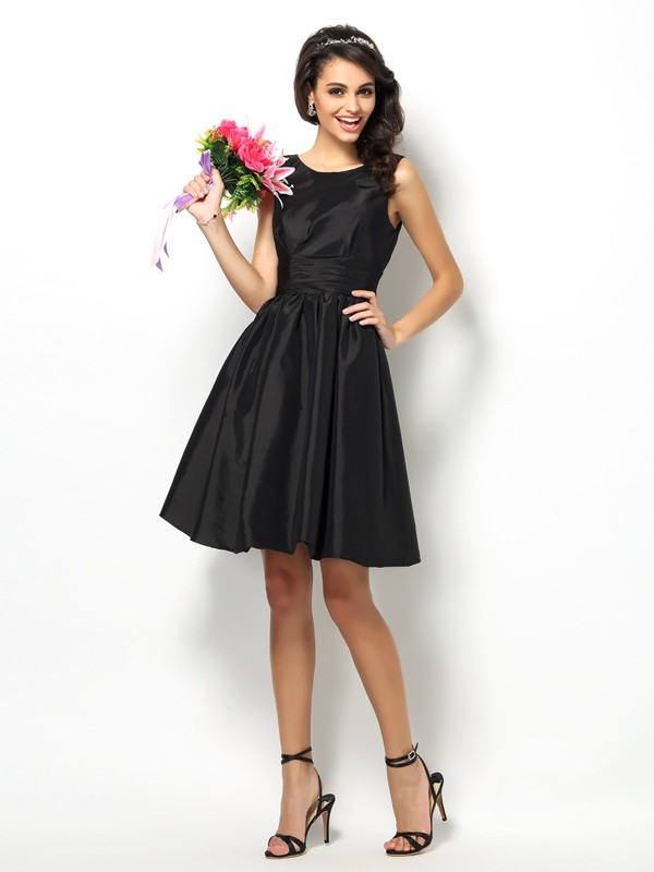 A-Line/Princess Bateau Pleats Sleeveless Short Taffeta Bridesmaid Dresses