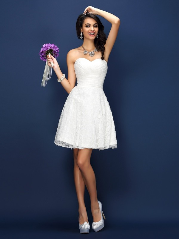 A-Line/Princess Sweetheart Lace Pleats Sleeveless Short Satin Bridesmaid Dresses