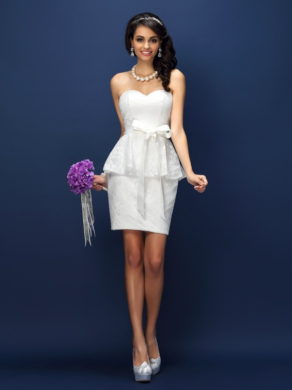 Sheath/Column Sweetheart Lace Sleeveless Short Satin Bridesmaid Dresses
