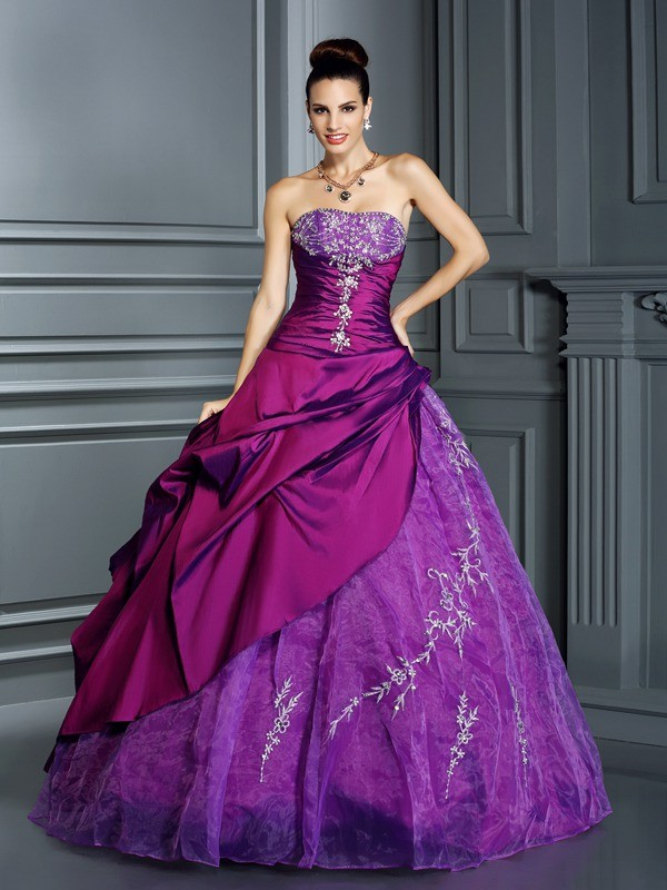 Ball Gown Strapless Applique Sleeveless Long Taffeta Quinceanera Dresses