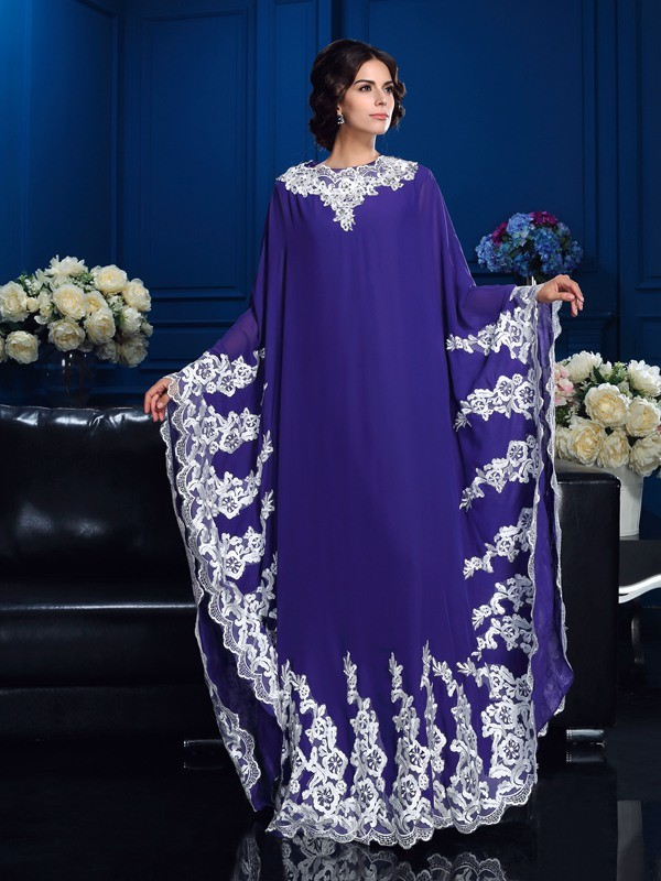 A-Line/Princess Scoop Applique Long Sleeves Long Chiffon Mother of the Bride Dresses
