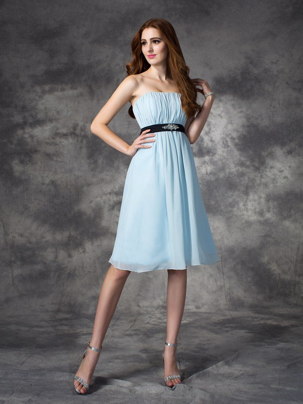 A-line/Princess Strapless Rhinestone Sleeveless Short Chiffon Bridesmaid Dresses