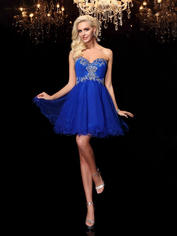 A-Line/Princess Sweetheart Beading Sleeveless Short Net Dresses