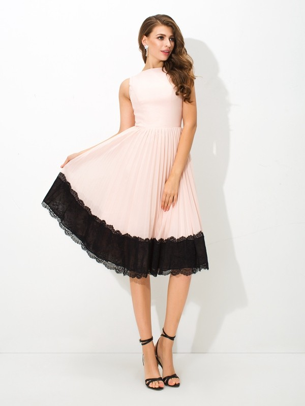 A-Line/Princess High Neck Lace Sleeveless Short Chiffon Cocktail Dresses