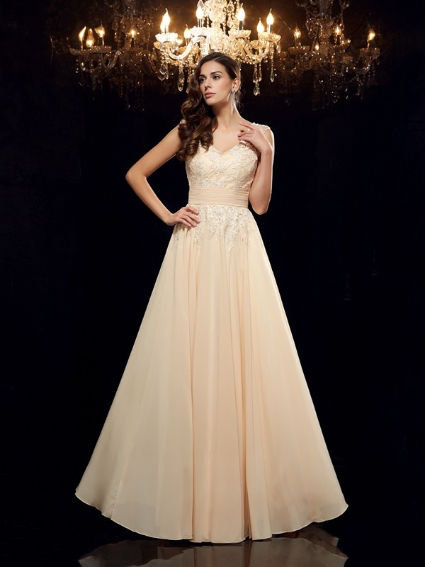 A-Line/Princess Straps Applique Sleeveless Long Chiffon Mother of the Bride Dresses