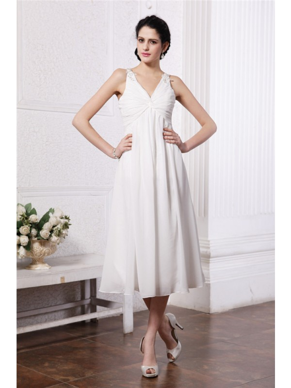 Sheath/Column V-neck Sleeveless Beading Applique Short Chiffon Bridesmaid Dresses
