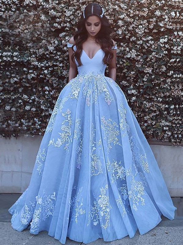 e2753252ac Ball Gown Sleeveless Off-the-Shoulder Applique Tulle Sweep/Brush Train  Dresses ...