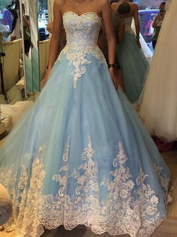 Ball Gown Sweetheart Applique Sleeveless Tulle Sweep/Brush Train Dresses