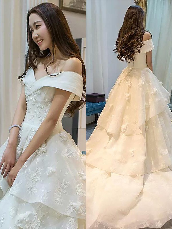 Ball Gown Tulle Sleeveless Court Train Off-the-Shoulder Wedding Dresses