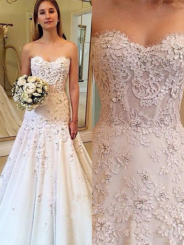 A-Line Sweetheart Lace Court Train Sleeveless Wedding Dresses