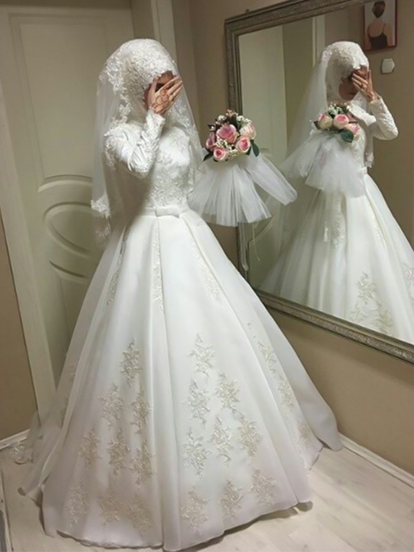 Ball Gown Jewel Long Sleeves Floor-Length Tulle Wedding Dresses