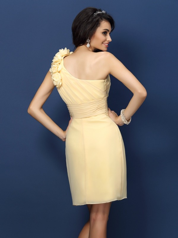 Sheath/Column One-Shoulder Hand-Made Flower Sleeveless Short Chiffon Bridesmaid Dresses