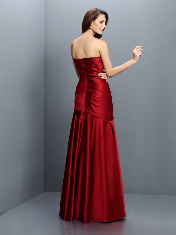 A-Line/Princess Strapless Ruched Sleeveless Long Satin Bridesmaid Dresses