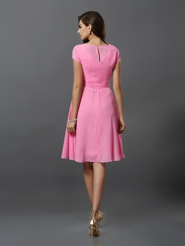 A-Line/Princess Scoop Sash/Ribbon/Belt Short Sleeves Short Chiffon Bridesmaid Dresses