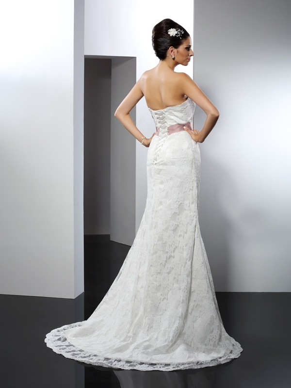 Trumpet/Mermaid Strapless Lace Sleeveless Long Lace Wedding Dresses