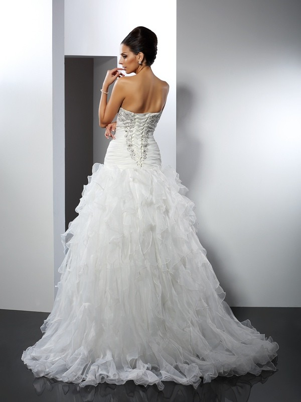 Ball Gown Sweetheart Ruffles Sleeveless Long Tulle Wedding Dresses