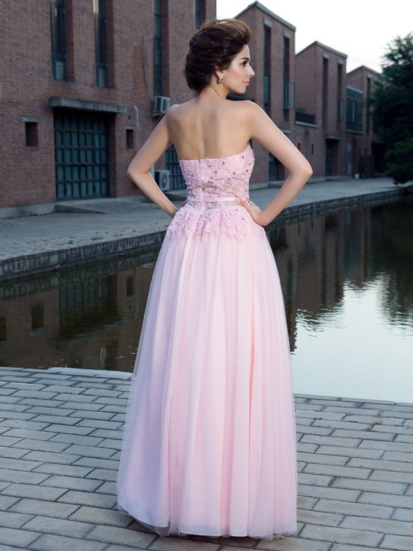 A-Line/Princess Straps Applique Sleeveless Long Net Dresses