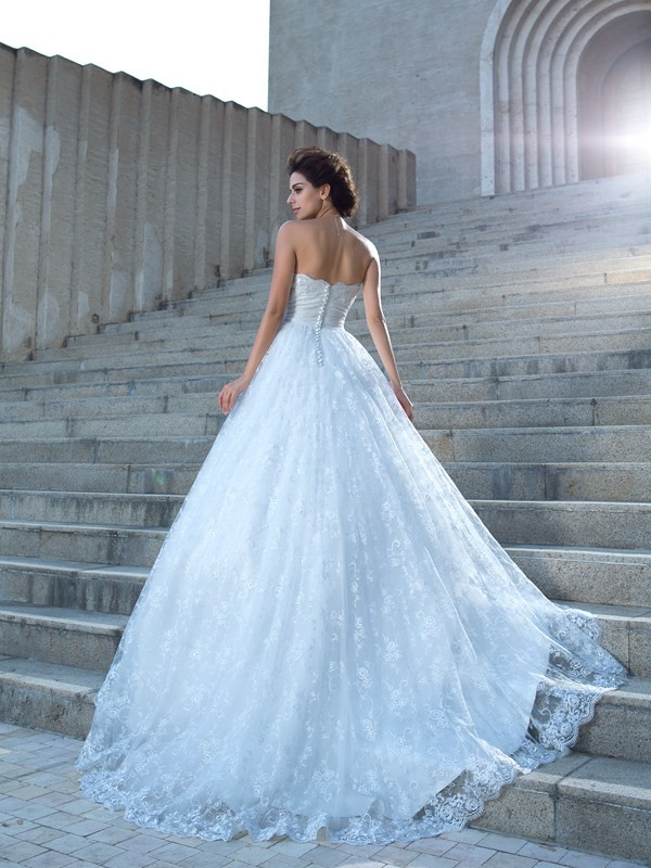 Ball Gown Sweetheart Lace Sleeveless Long Lace Wedding Dresses