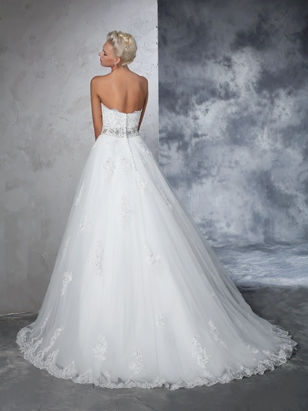 Ball Gown Sweetheart Applique Sleeveless Long Net Wedding Dresses