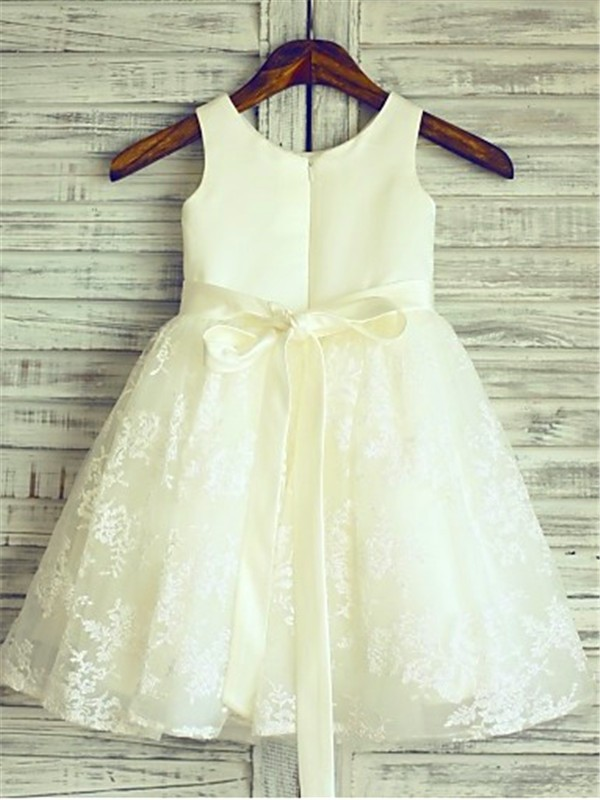 A-line Scoop Sleeveless Knee-Length Lace Flower Girl Dress
