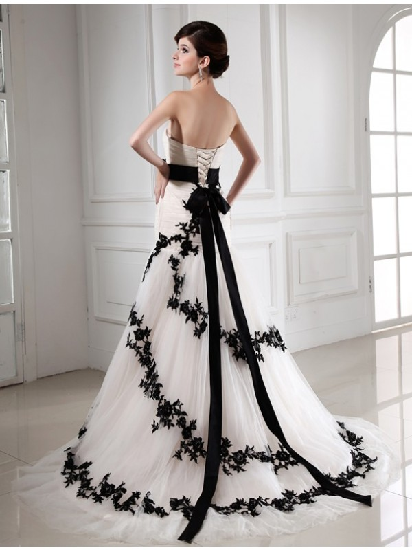 Trumpet/Mermaid Beading Sweetheart Sleeveless Applique Satin Tulle Wedding Dresses