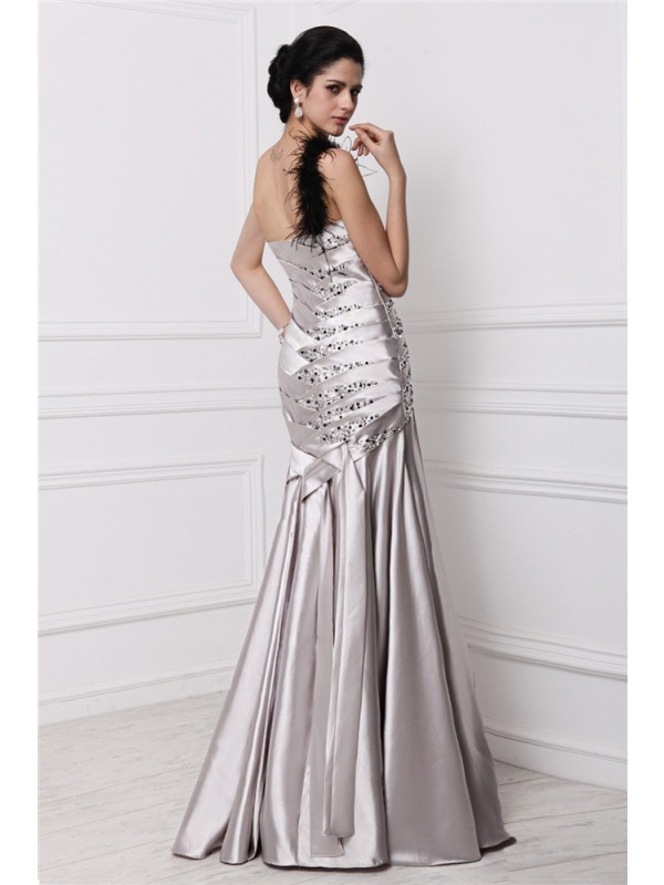 A-Line/Princess Sweetheart Sleeveless Beading Pleats Long Elastic Woven Satin Dresses