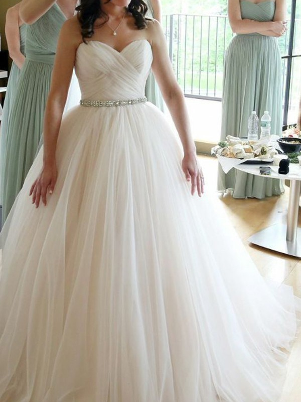 Ball Gown Sweetheart Sleeveless Floor-Length Beading Tulle Wedding Dresses