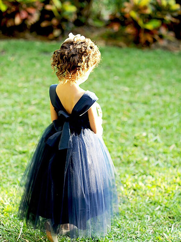 Ball Gown Sweetheart Sleeveless Bowknot Tea-Length Tulle Flower Girl Dresses